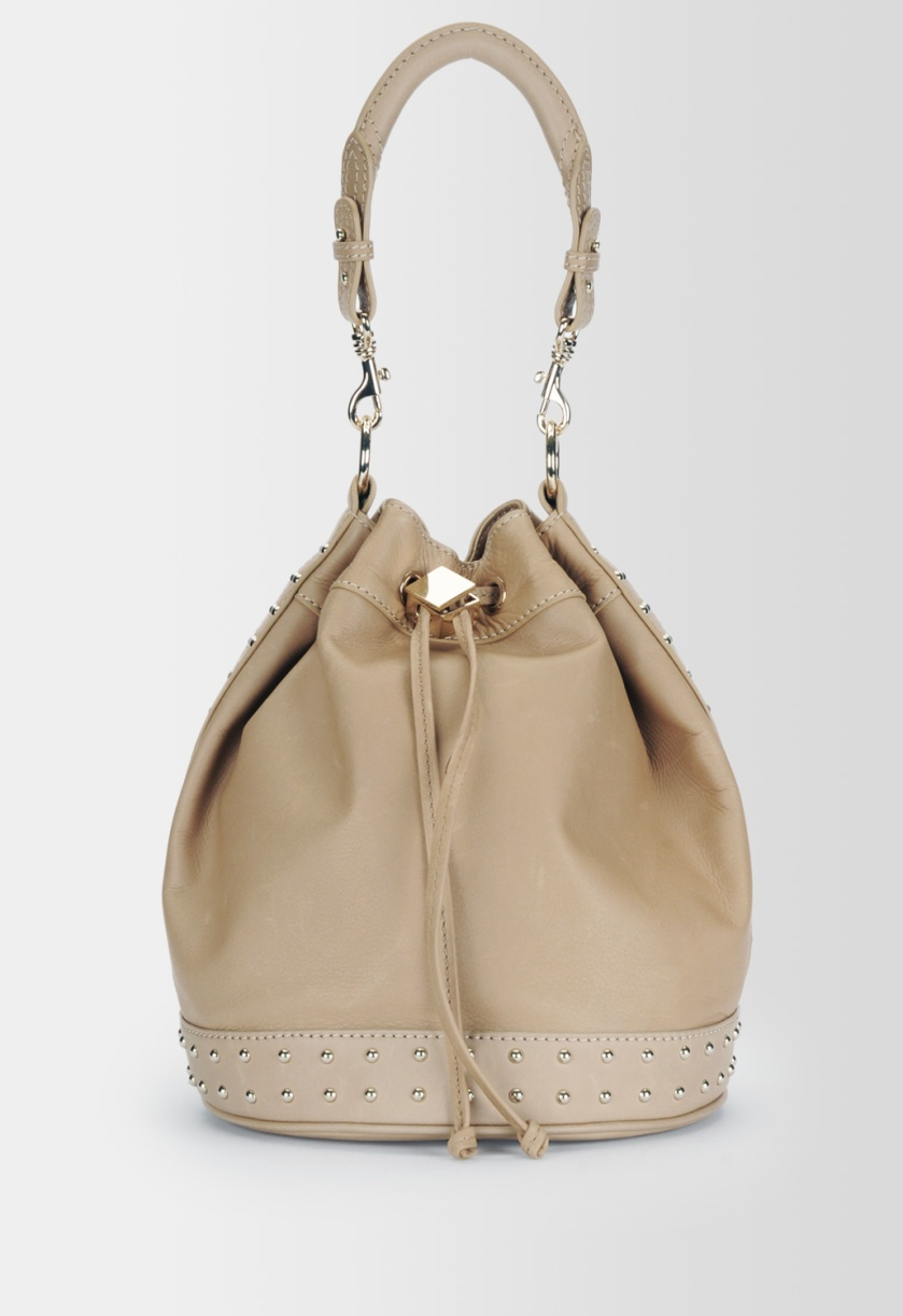 The Alexia Fast bucket tote, bucket tote, Alexia Fast, Canadian, Danier, Danier Leather, tote, Tom Cruise, Jack Reacher, The Secret Circle, Canadian Celeb, celebrity