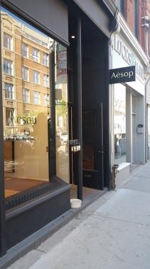 store front, Toronto store, Queen St, Queen St., Queen Street West, Toronto neighbourhood, Aesop storefront, Aesop design, Toronto beauty, Toronto beauty blogger, beauty blogger, Canadian Beauty Blogger, Canadian blogger, Toronto fashion, Toronto fashion blogger